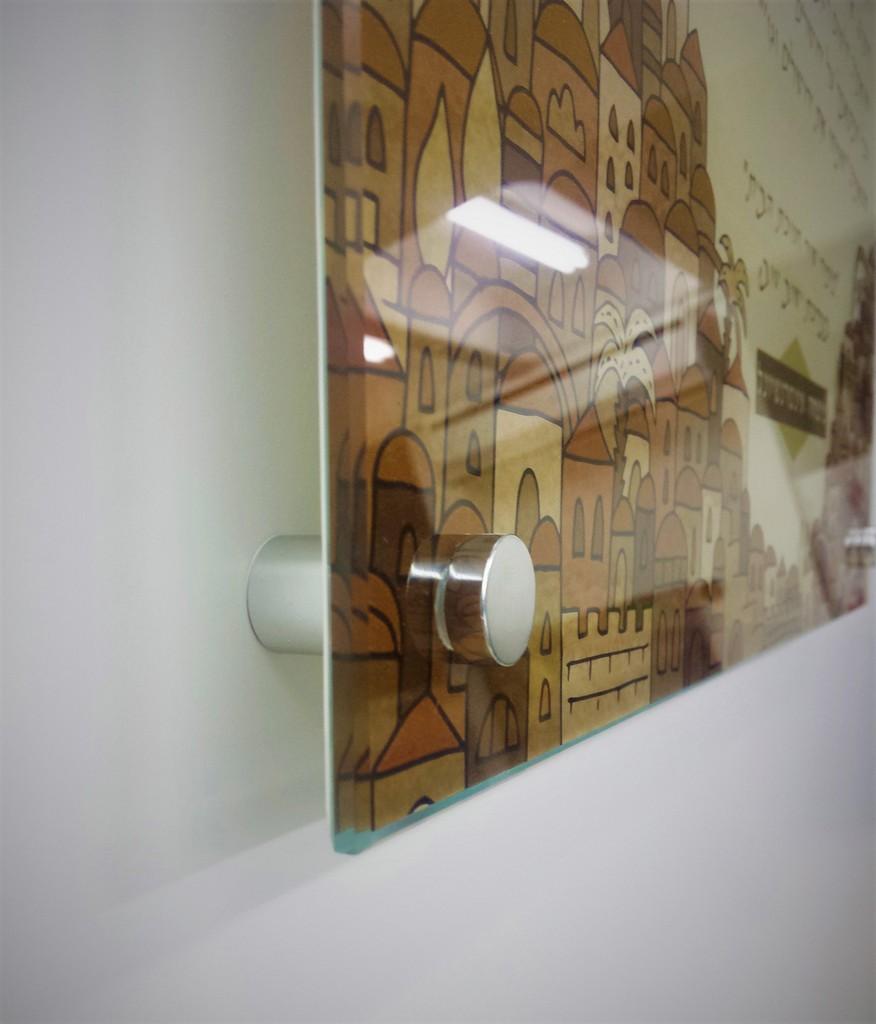 הדפסה על זכוכית ספייסרים