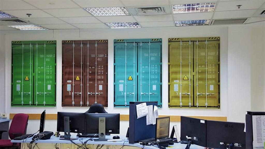 הדפסה על זכוכית נמל חיפה