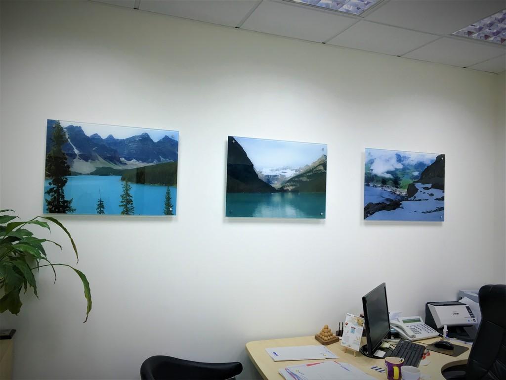 הדפסה על זכוכית למשרד