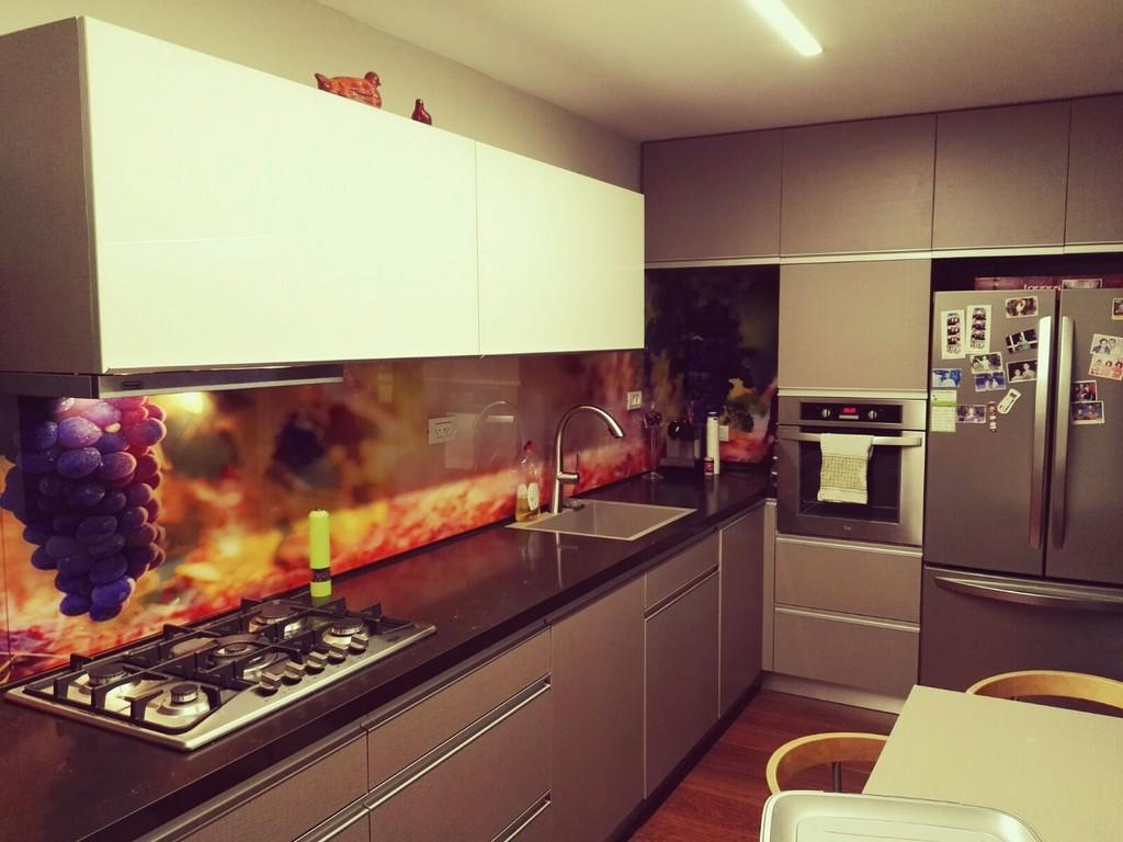 חיפוי זכוכית מודפסת למטבח