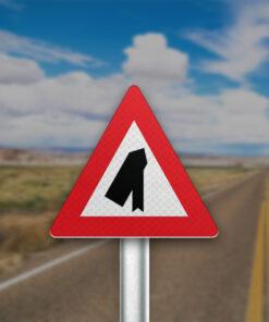 התמזגות עם כביש משמאל