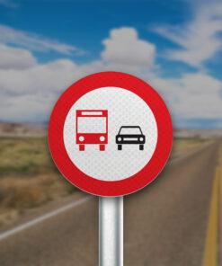 תמרור אסור לרכב כבד לעקוף