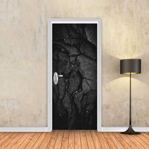 טפט לדלת אבן שחורה