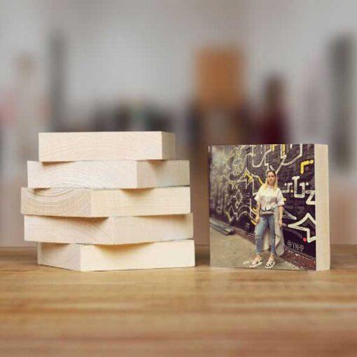 הדפסה על בלוק עץ