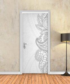 טפט לדלת דמיוני לבן